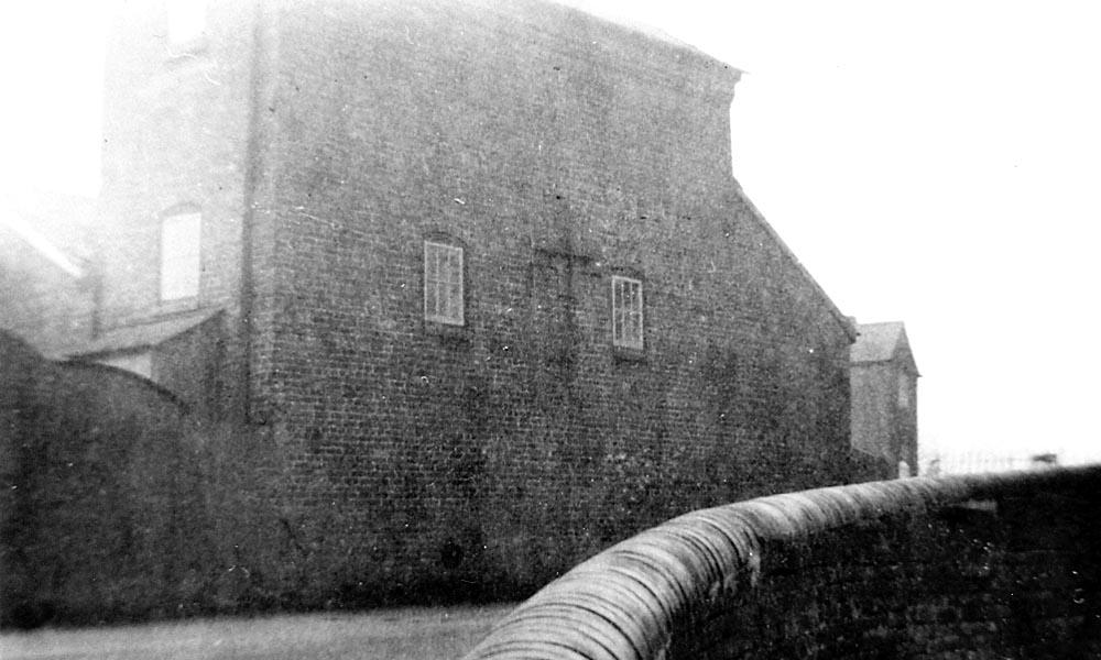 1156 Earlswood - The Engine House.jpg